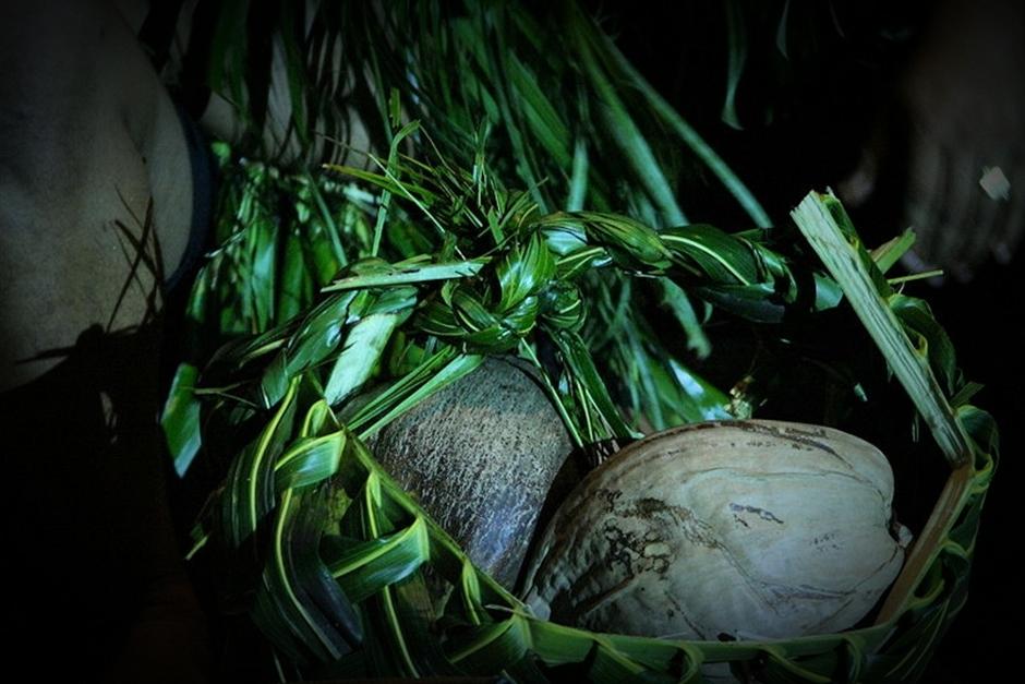 11. FIDŻI, Suva. Podpatrywanie artystów podczas tworzenia regionalnych rękodzieł może być nie lada inspirujące. (Fot. Tomek Biskup)