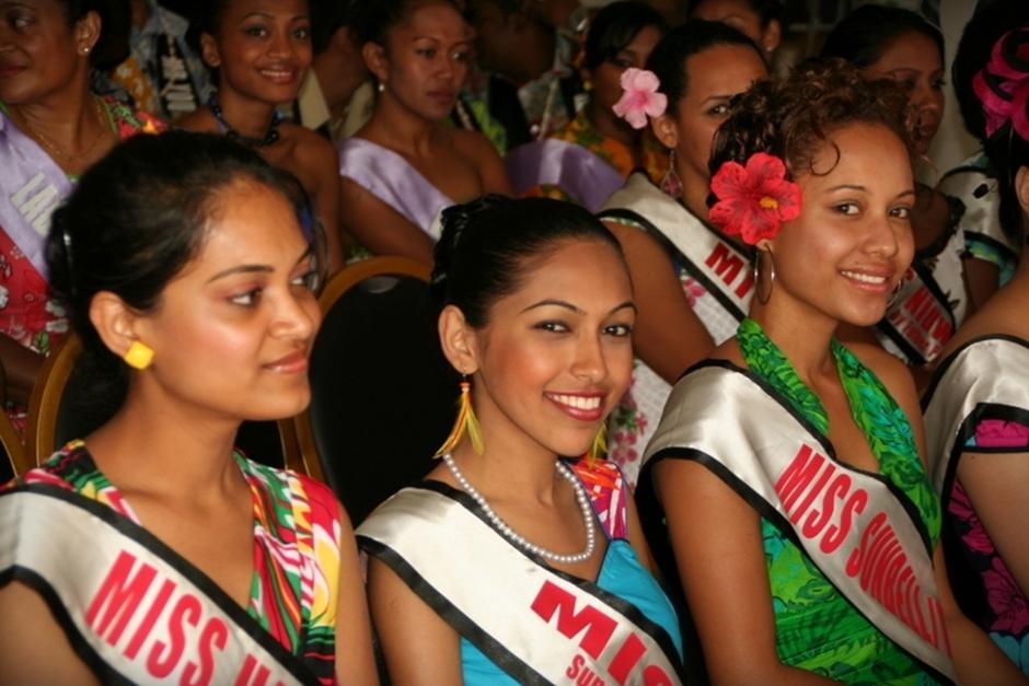 7. FIDŻI, Suva. Bardzo ważną częścią festiwalu jest wybór tej najpiękniejszej, Miss Hibiscusa. (Fot. Tomek Biskup)