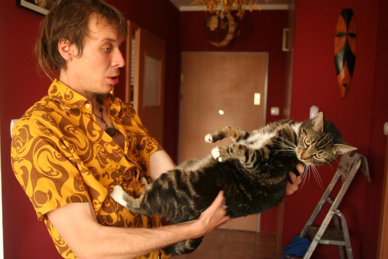 Pasikonik (i kot Ryszard). Osobnik szczególnie niebezpieczny, przypadek w zasadzie nieuleczalny... (Fot. Grzegorz Król)