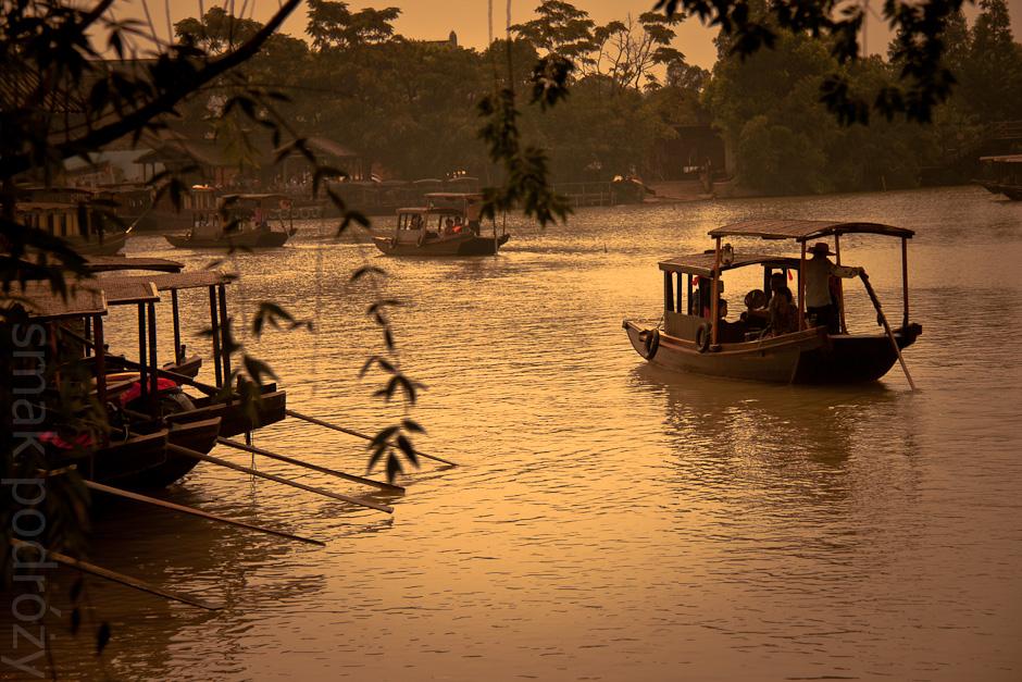 Chińskie Wuzhen - miasto na wodzie