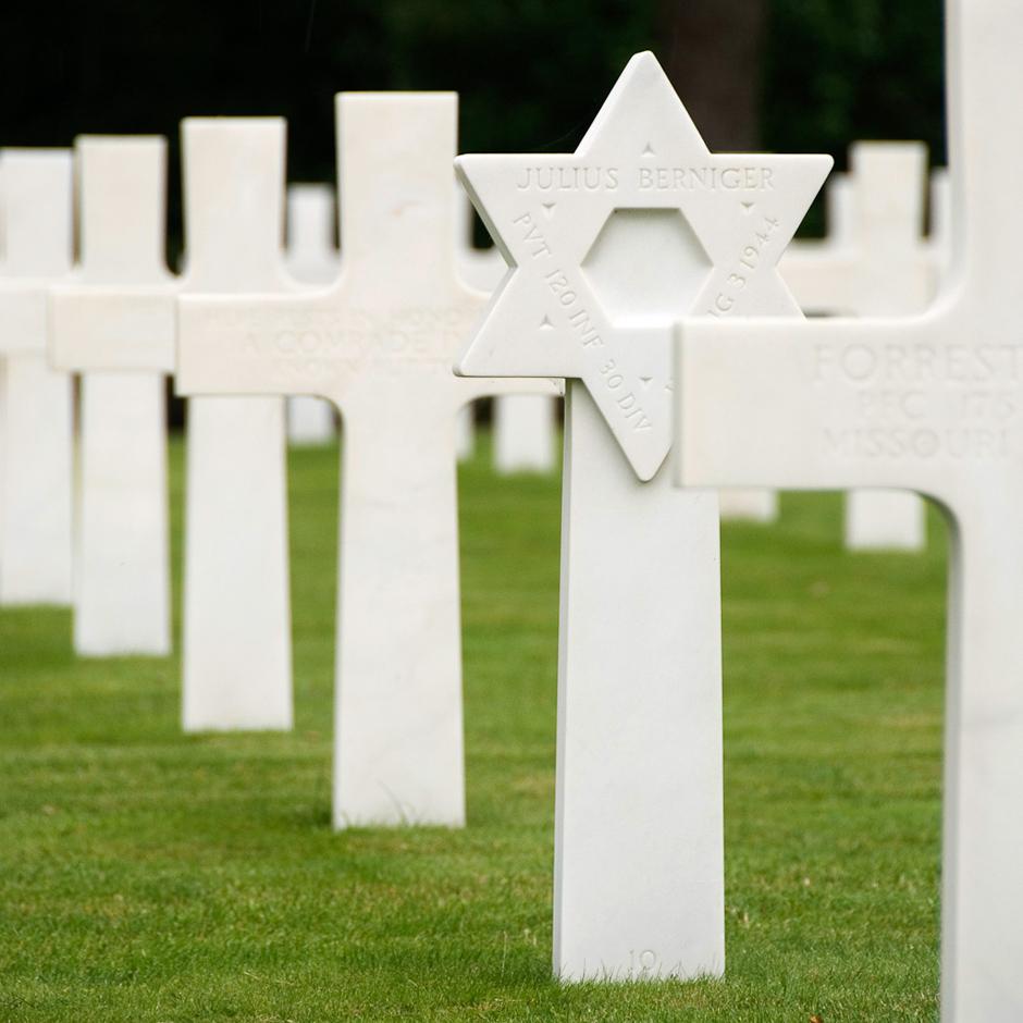 Cmentarz żołnierzy amerykańskich poległych na wybrzeżu Normandii