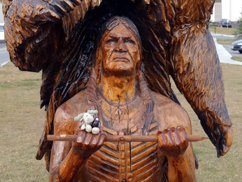 Rzeźba wielkiego Indianina