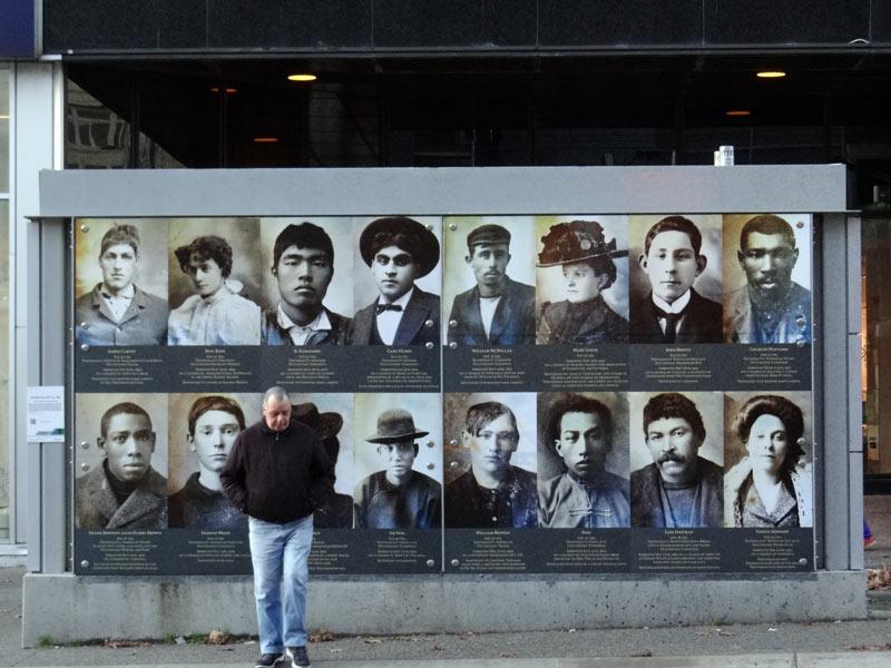 Wystawa na ulicach Vancouver. (Fot. Piotr Strzeżysz)