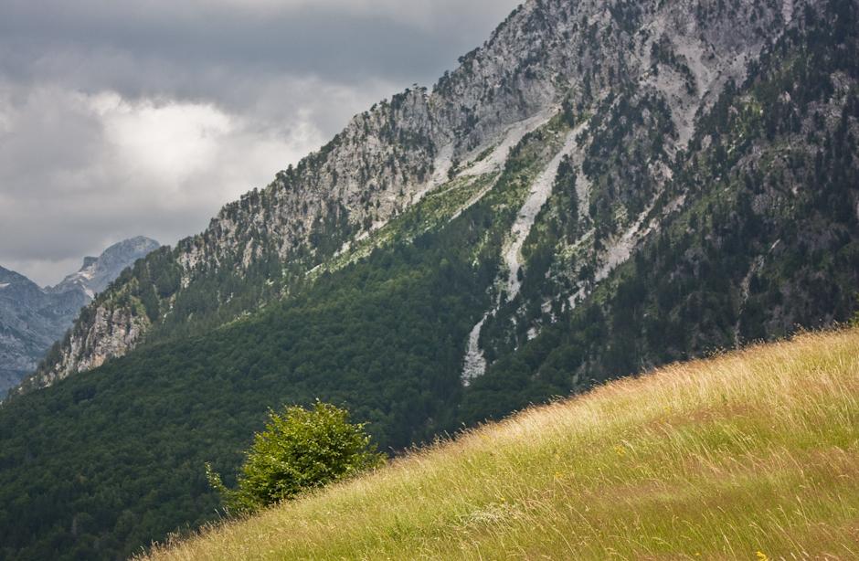 Deszcz w albańskich górach