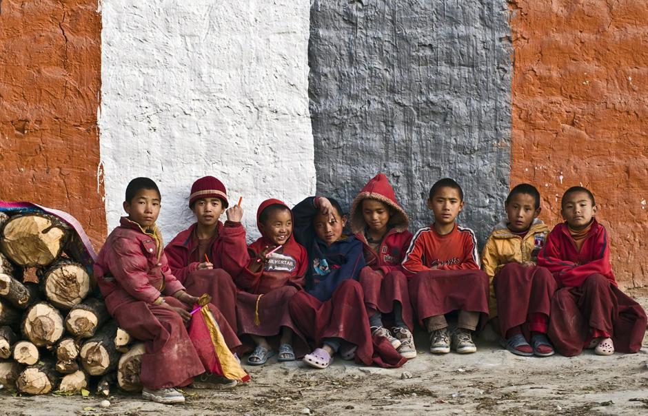 Zdjęcia z podróży do Nepalu. Młodzi mnisi buddyjscy