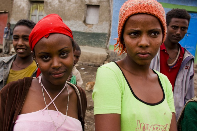 Młode dziewczyny z Etiopi