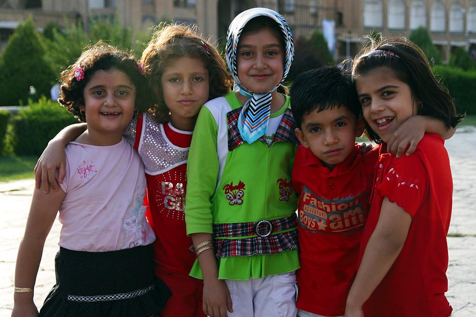Irańskie dziewczynki. Zdjęcie zrobione podczas pobytu w Esfahanie