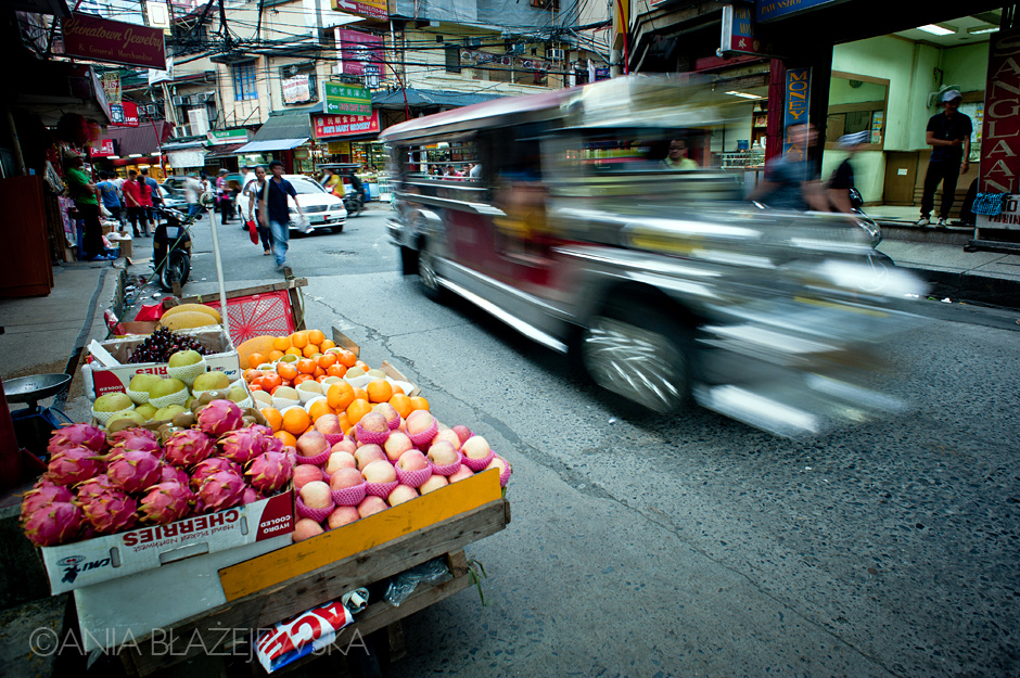 Azjatycki targ z jedzeniem