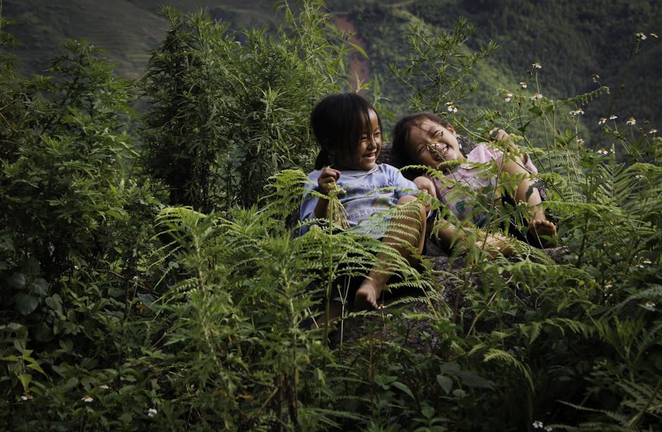 roześmiane dzieciaki z Wietnamu