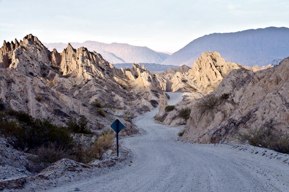 Szutrowa droga przez Argentynę