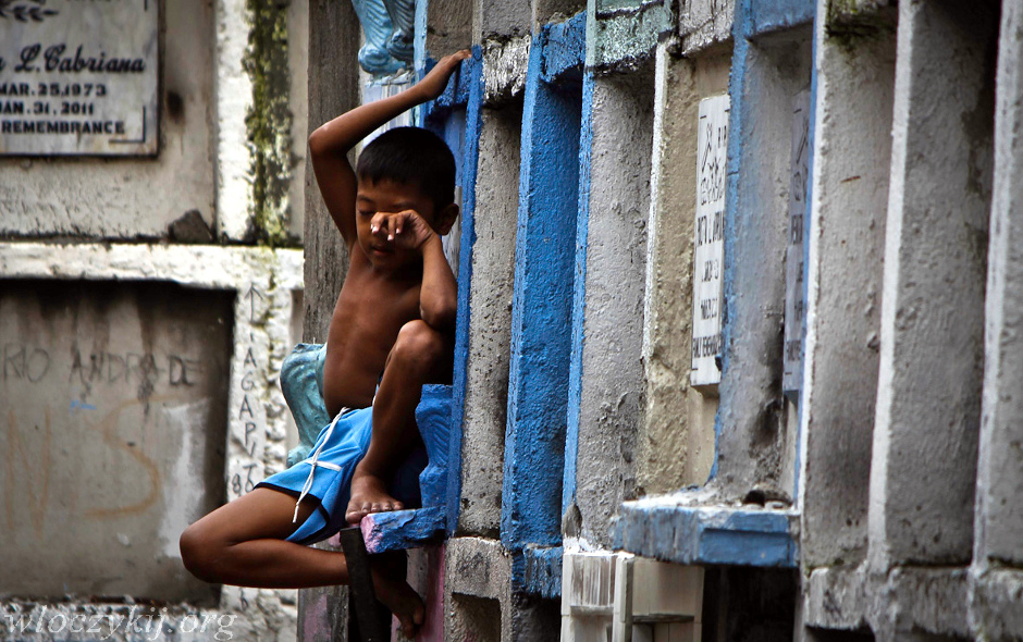 Chłopiec z cmentarza Novotas. Podróż na Filipiny