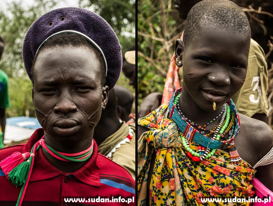 Skaryfikacje na twarzach Sudańczyków
