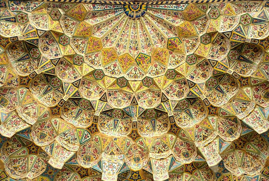 Malownicza mozaika irańskiego meczetu
