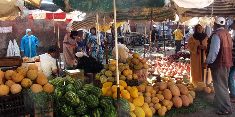 Podróż do Maroko. Zakupy na targu w Marakeszu