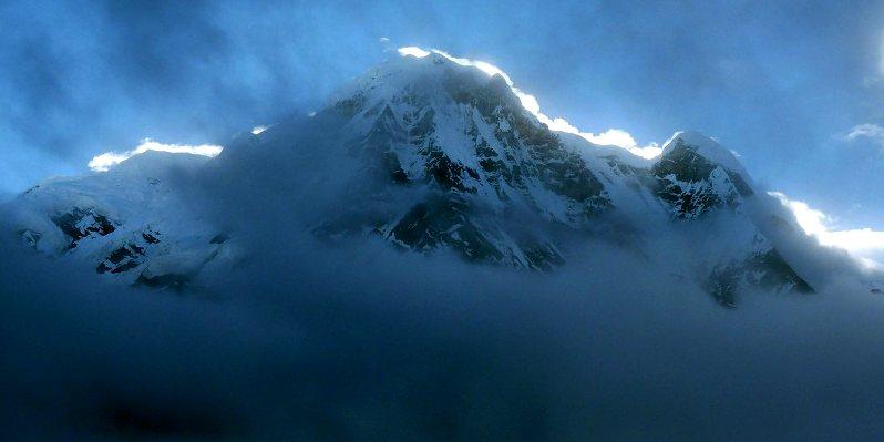 Annapurna Poludniowa I o swicie - podroz w himalaje