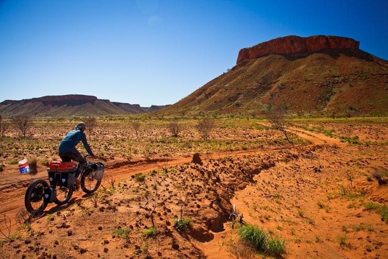 Rowerem przez Canning Stock Route