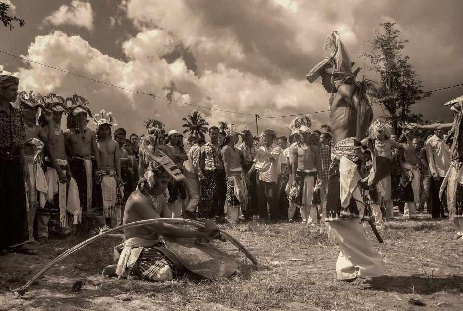 Pokonany wojownik - Infonezja - foto