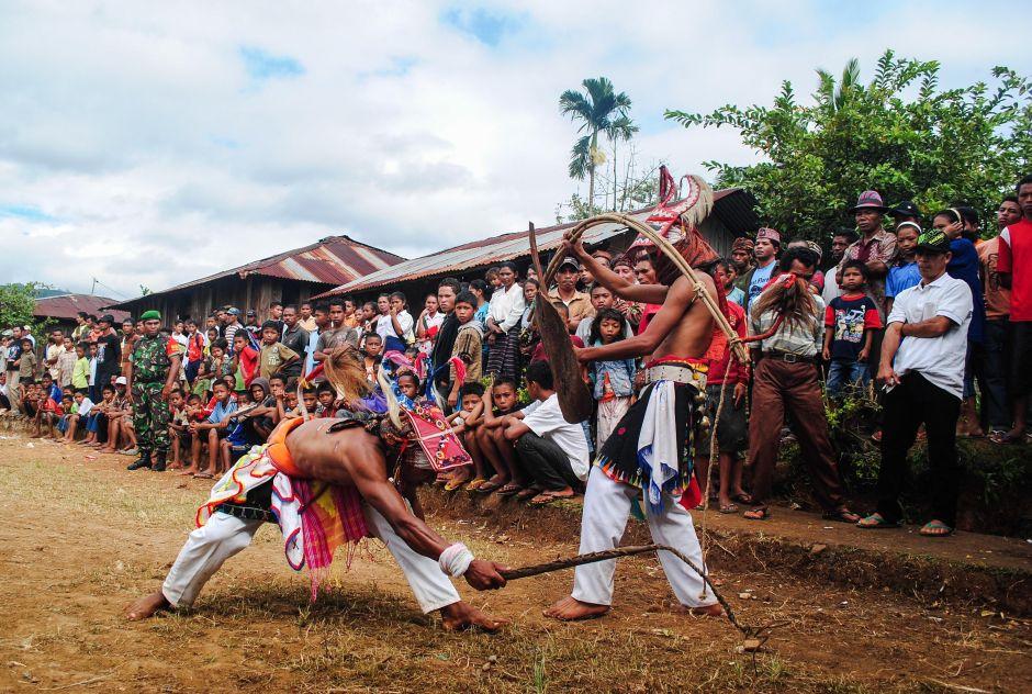 Tradycyjna walka caci - Maggarai, Indonezja