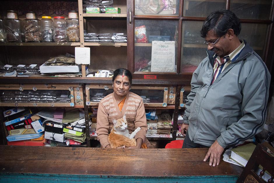 Rodzinny sklepik w Indiach - foto