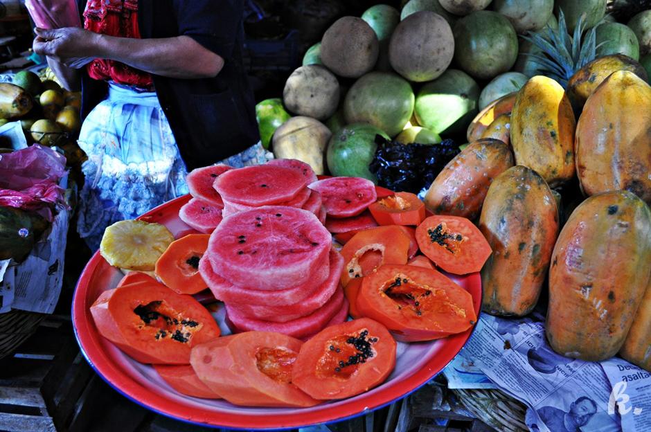 Owoce na targu w Gwatemali