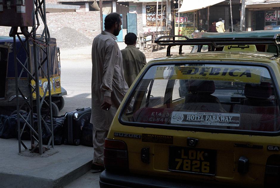 Opony Dębica w Pakistanie