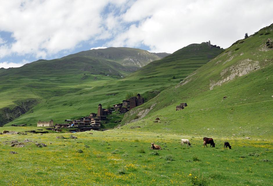 Tuszetia - trekking w górach - foto