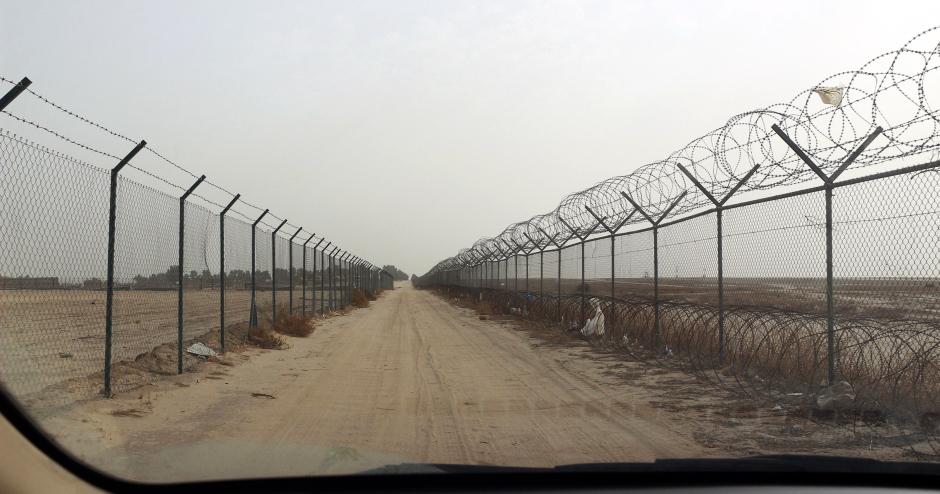 Kuwejt - pustynna granica z Arabią Saudyjską