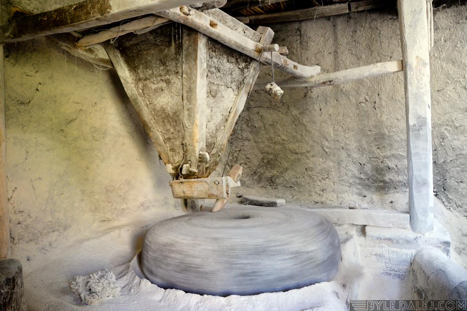Wypiek chleba w Afganistanie