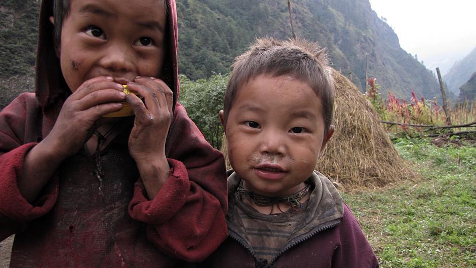 Dzieciaki z Nepalu - Bartek Malinowski