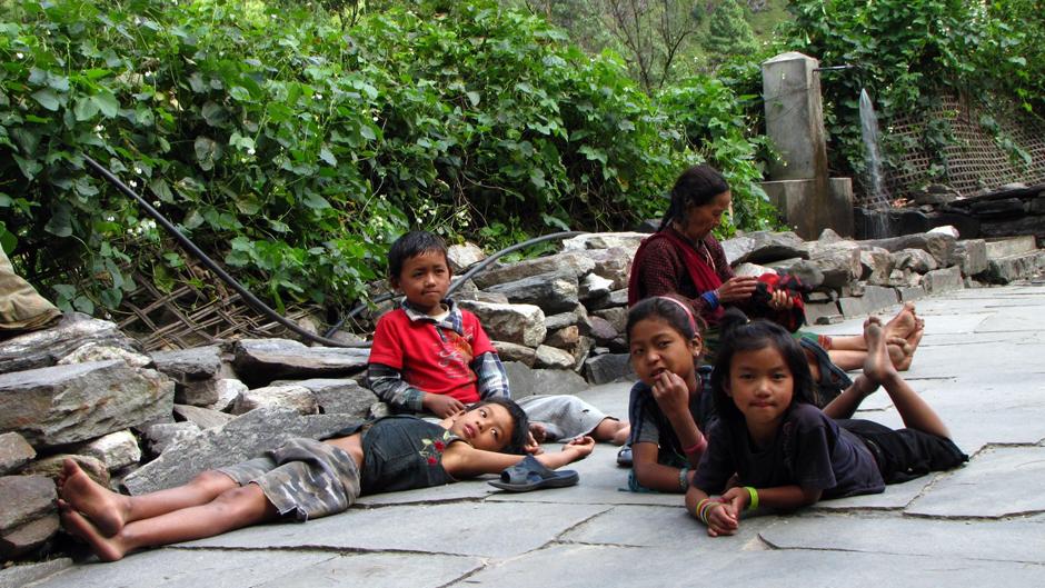 Dzieciaki z Nepalu - zdjęcia podrózników