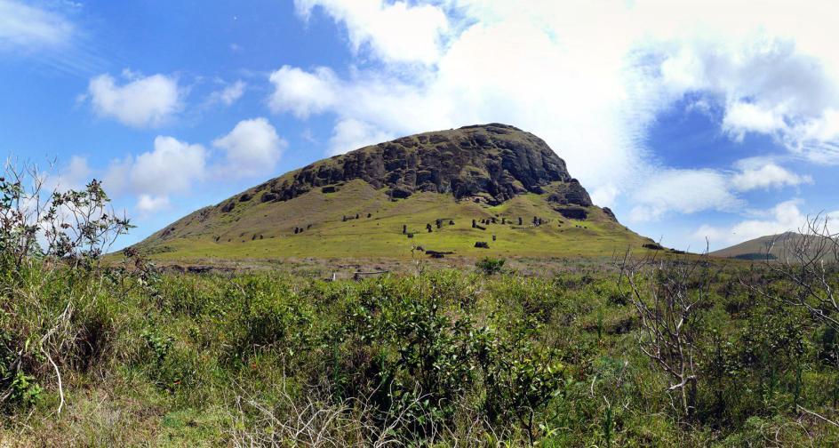 Wulkan RanoRaraku na Wyspie Wielkanocnej, podróż na Rapa Nui