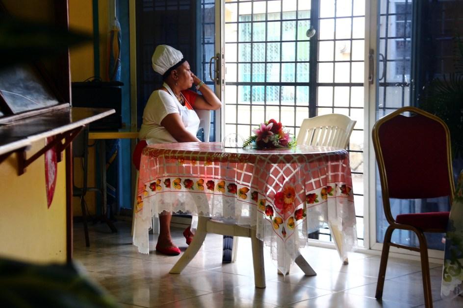 Antigua i Barbuda, lokalna knajpa w stolicy St. John's