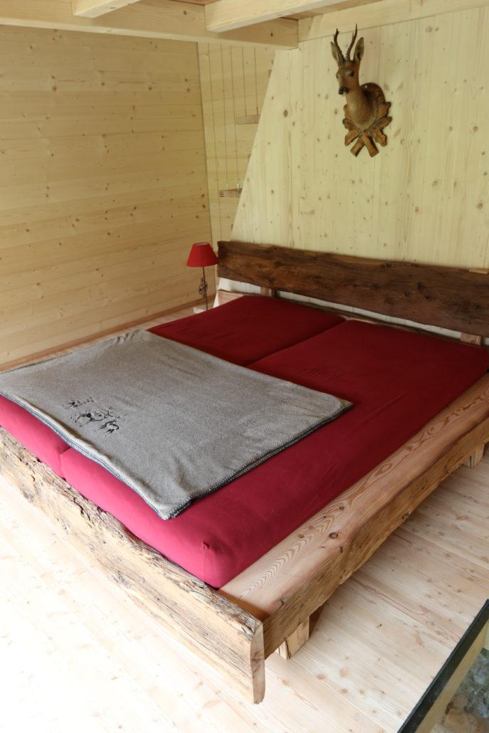 lit en bois d arolle massif