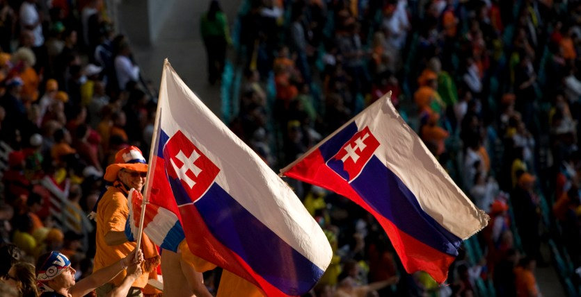 Fans de Eslovaquia y Holanda durante los octavos de final de la Copa del Mundo 2010 en Durban, Sudáfrica