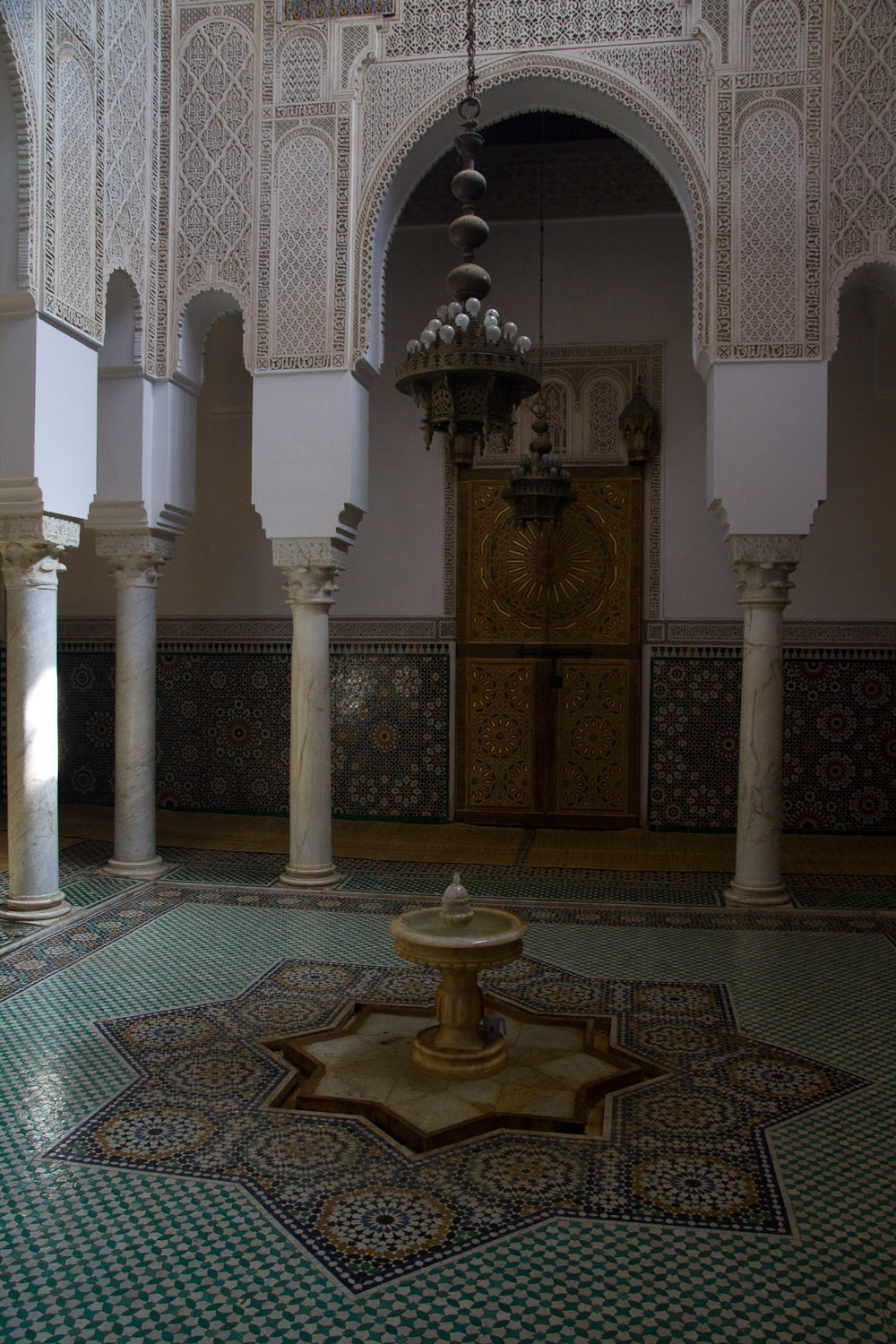 Interior del mausoleo de Moulay Ismail - Meknès, Marruecos