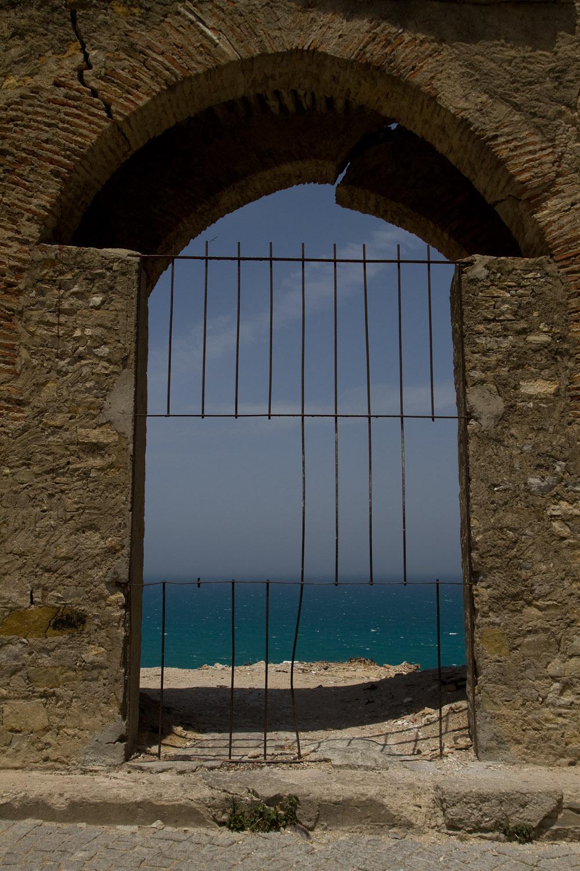 Ventana al mar - Tánger, Marruecos