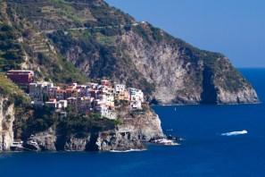 El pueblo de Manarola, Cinque Terre, Italia