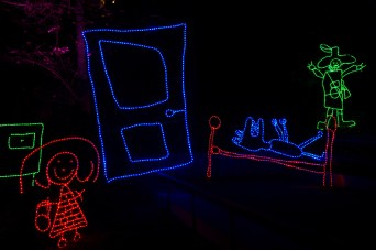 """Fête des lumières 2011 de Lyon, Francia: """"Rêves d'enfants"""" en el parque de la Grande-Côte"""