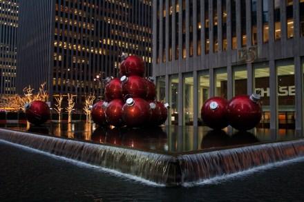 Adornos de Navidad en Rockefeller Center, Nueva York, EE.UU.