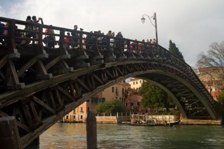 Puente de la Academia, Venecia, Italia