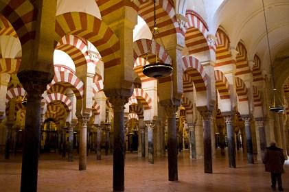 Interior de la Mezquita de Córdoba, España