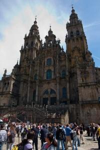 Vista desde la plaza del Obradoiro de la Catedral de Santiago de Compostela, España