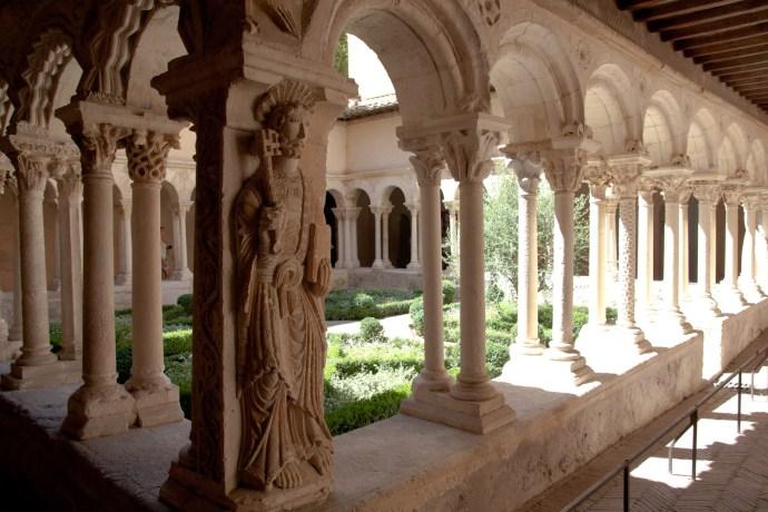 Claustro de la Catedral del Saint-Sauveur, Aix-en-Provence, Francia