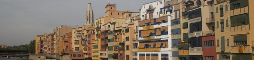 Casas del centro de Gerona, España