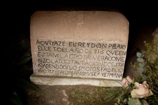 ES_Covadonga_tumba_de_DonPelayo