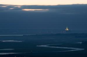 Panorámica del Mont-Saint-Michel desde Avranches, Normandía, Francia