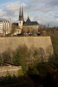 Plaza de la Constitución y Catedral de Luxemburgo, Luxemburgo