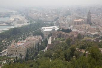 Miércoles 15 — Panorámica del centro histórico de Málaga, España