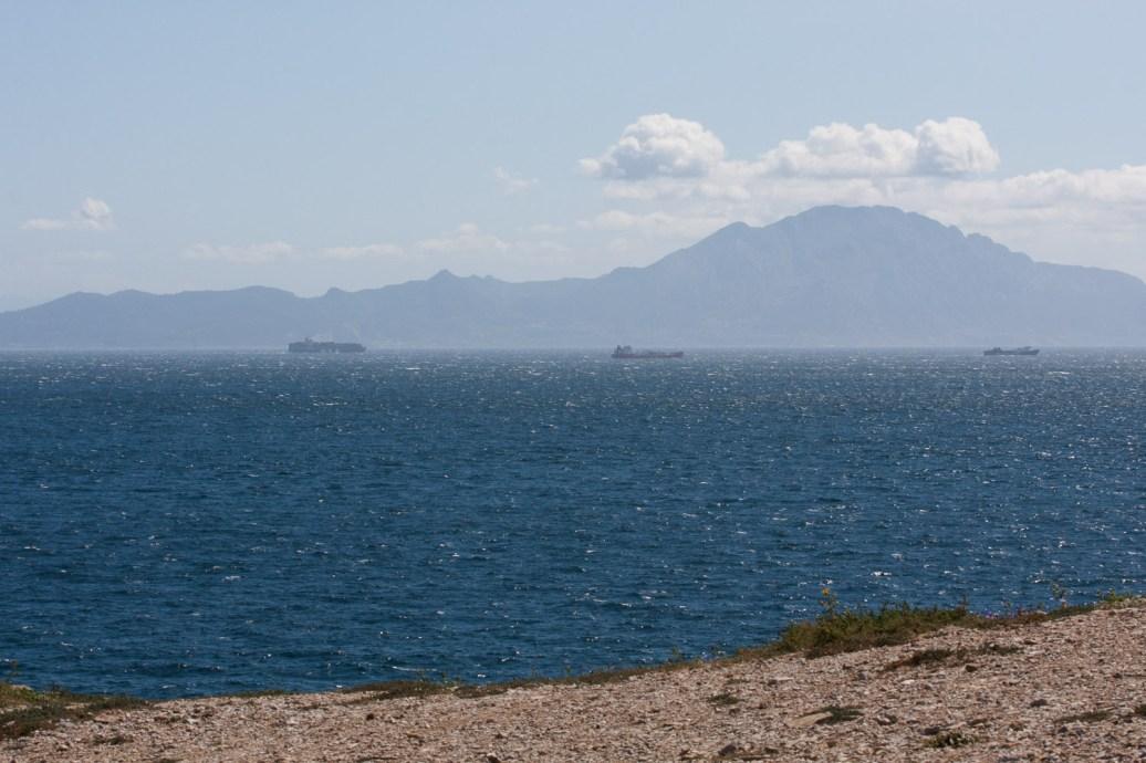 Parte sur de Gibraltar, el estrecho y la costa norte de África
