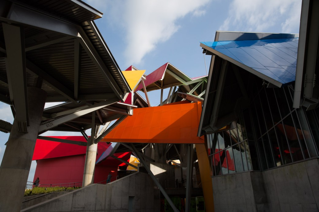Detalle de la arquitectura del Biomuseo de Panamá